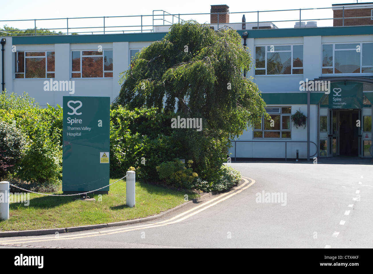 The private Spire Thames Valley Hospital in Wexham, Buckinghamshire. - Stock Image