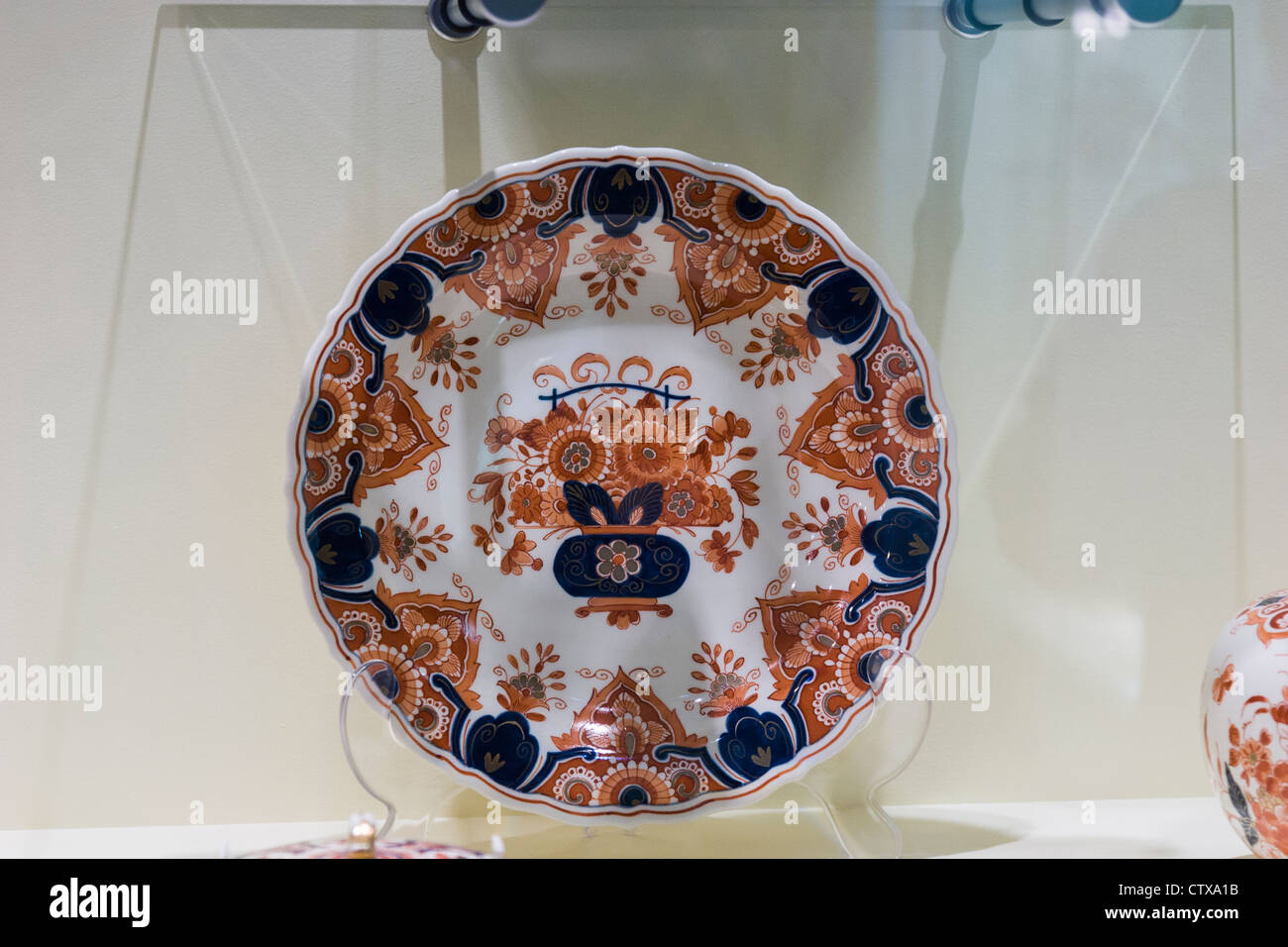 Artistic Pottery in Delft Factory Showroom - Stock Image