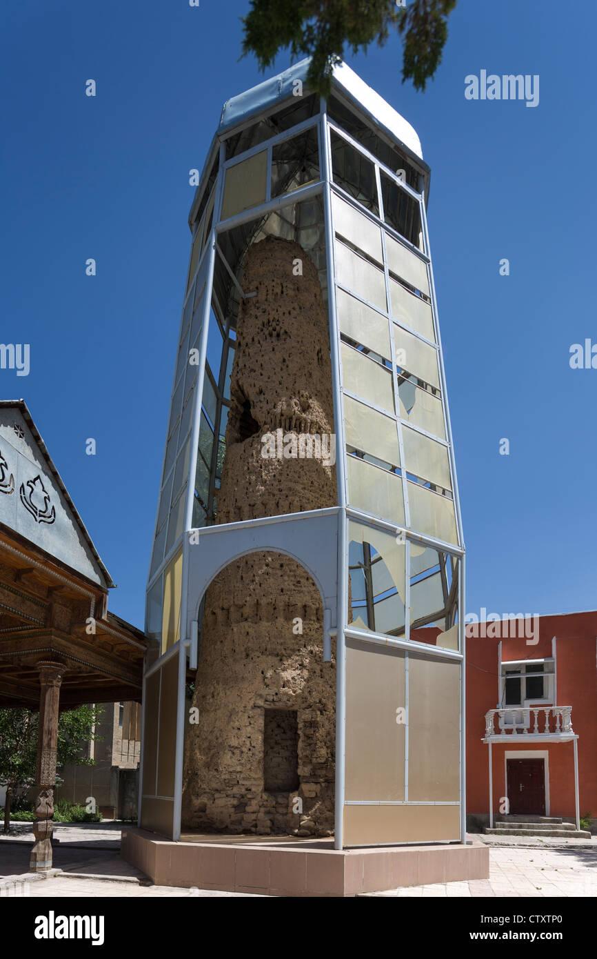 11th century mud brick minaret, Friday mosque of Aini, Tajikisitan - Stock Image