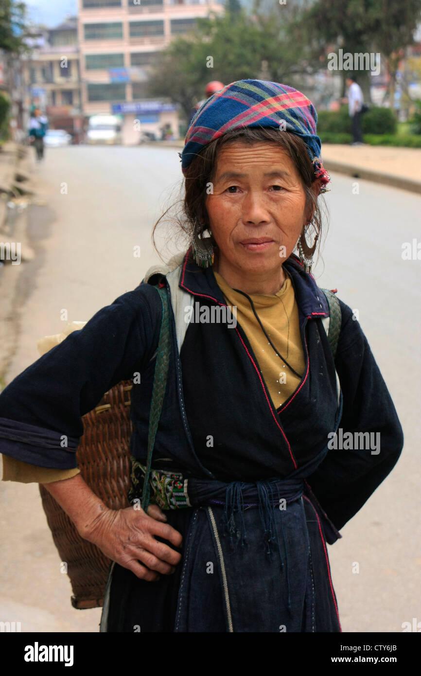 Elderly woman from Hmong tribe, Sapa, Vietnam - Stock Image
