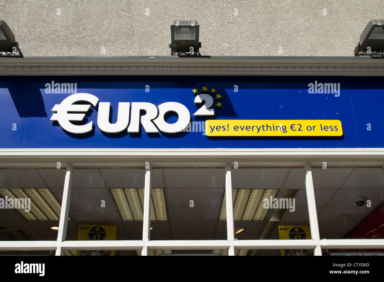 euro shopper €2 discount store shopfront sign - Stock Image