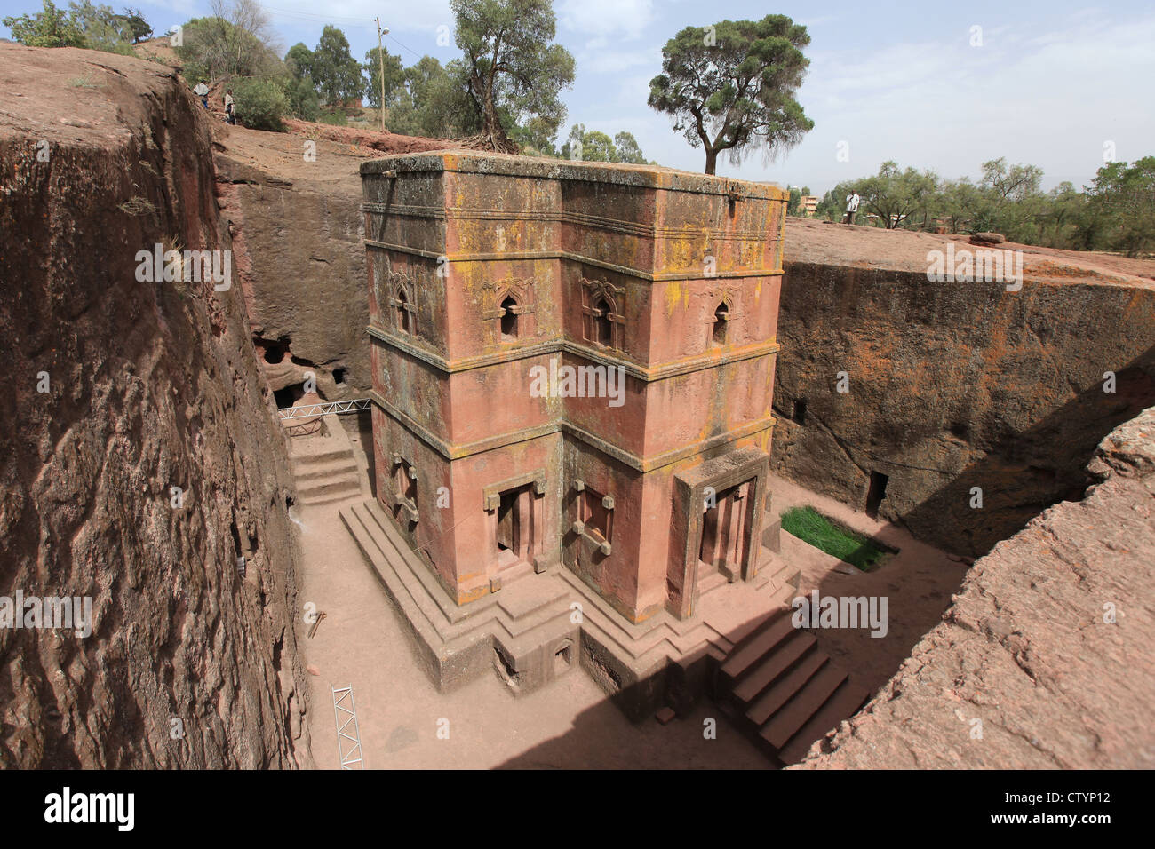 One of the famous churches of Lalibela, Ethiopia, hewn from the rocks. This one is bete Giyorgis, or Saint George - Stock Image