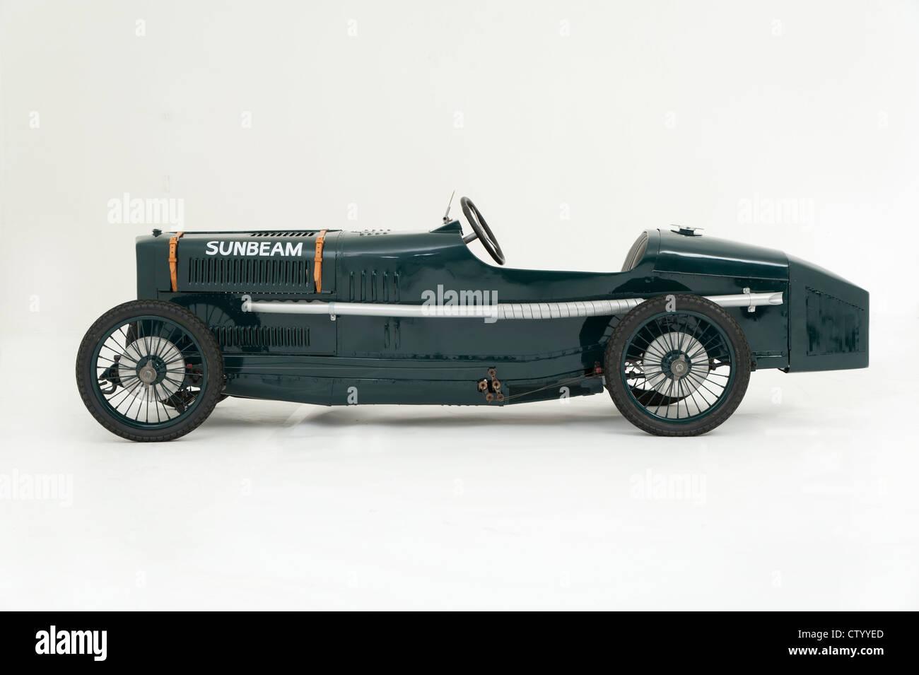 Sunbeam Cub replica children's motorised pedal car - Stock Image