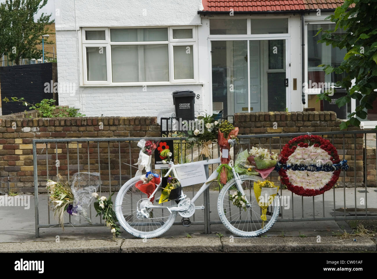 Cyclist died Memento Mori UK HOMER SYKES - Stock Image