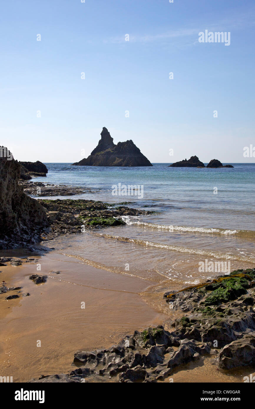 Church Rock and Broad Haven beach in spring sunshine, Pembrokeshire National Park, Wales, Cymru, UK, United Kingdom, - Stock Image