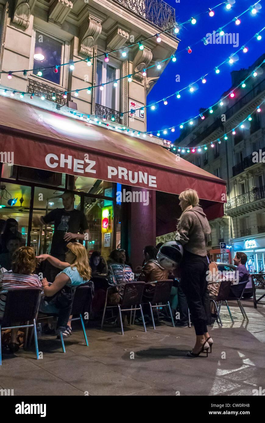 Le Folies Cafe Paris