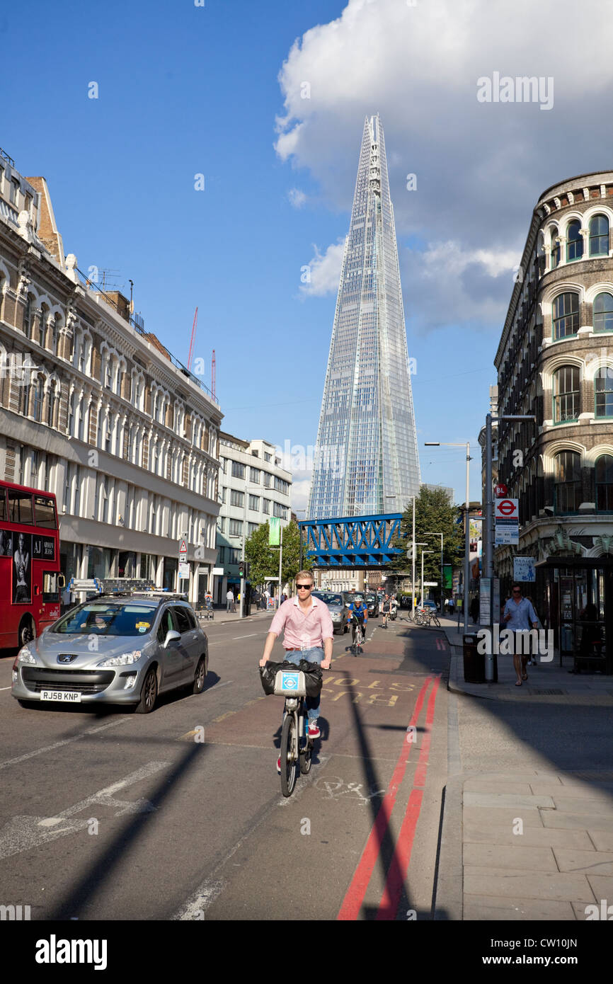 Street scene on Southwark Street with The Shard building in the background, London, England, UK - Stock Image