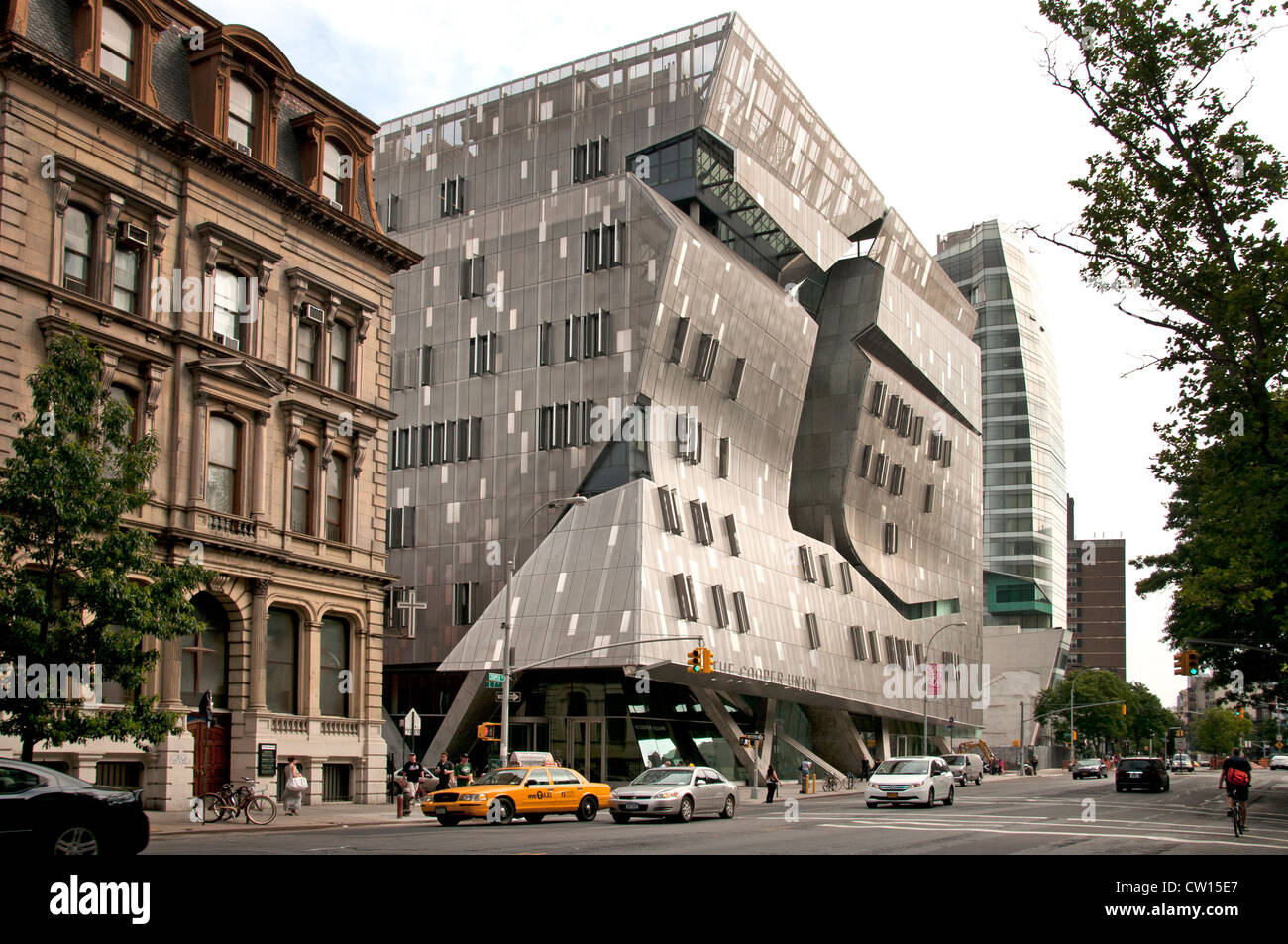 Cooper Union New Academic Building Designed by Thom Mayne of Morphosis Architecture East Village Manhattan New York - Stock Image