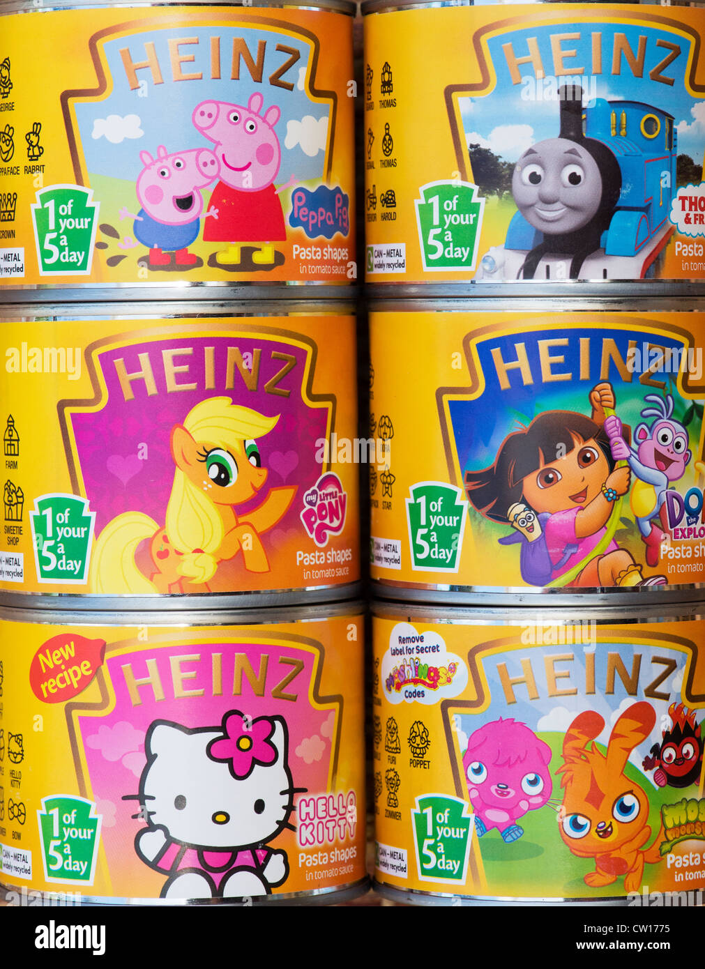 1 of your 5 a day label on tins of Heinz Pasta Shapes for children Stock Photo