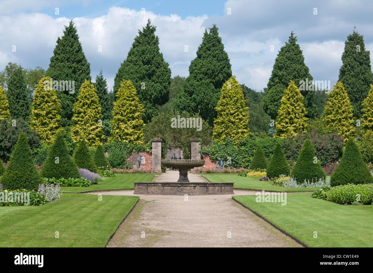 Formal Gardens at Newstead Abbey, Nottingham, England, UK - Stock Image