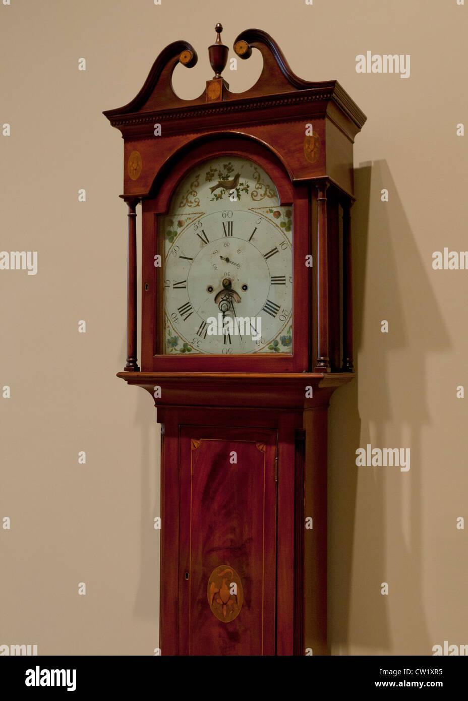 Antique mahogany long-case clock, circa 18th century - USA - Stock Image