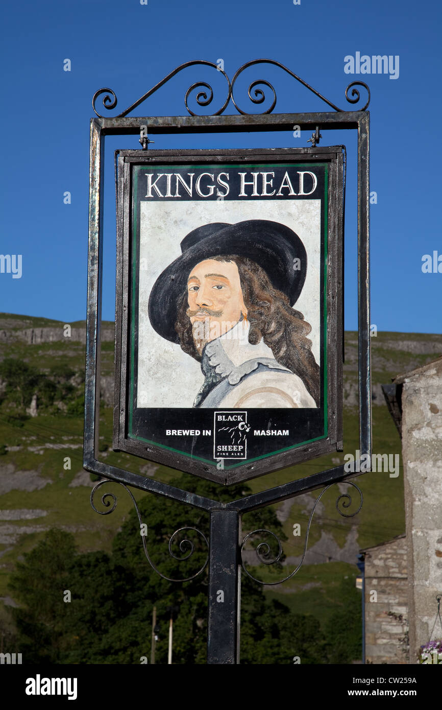 Kings Head _ Pub Sign in the Village of Kettlewell, Wharfdale,  North Yorkshire Dales, UK - Stock Image