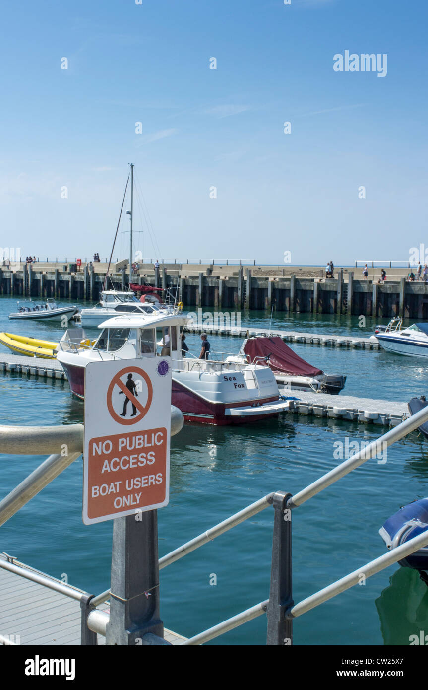 No public access notice at the entrance to a harbour - Stock Image