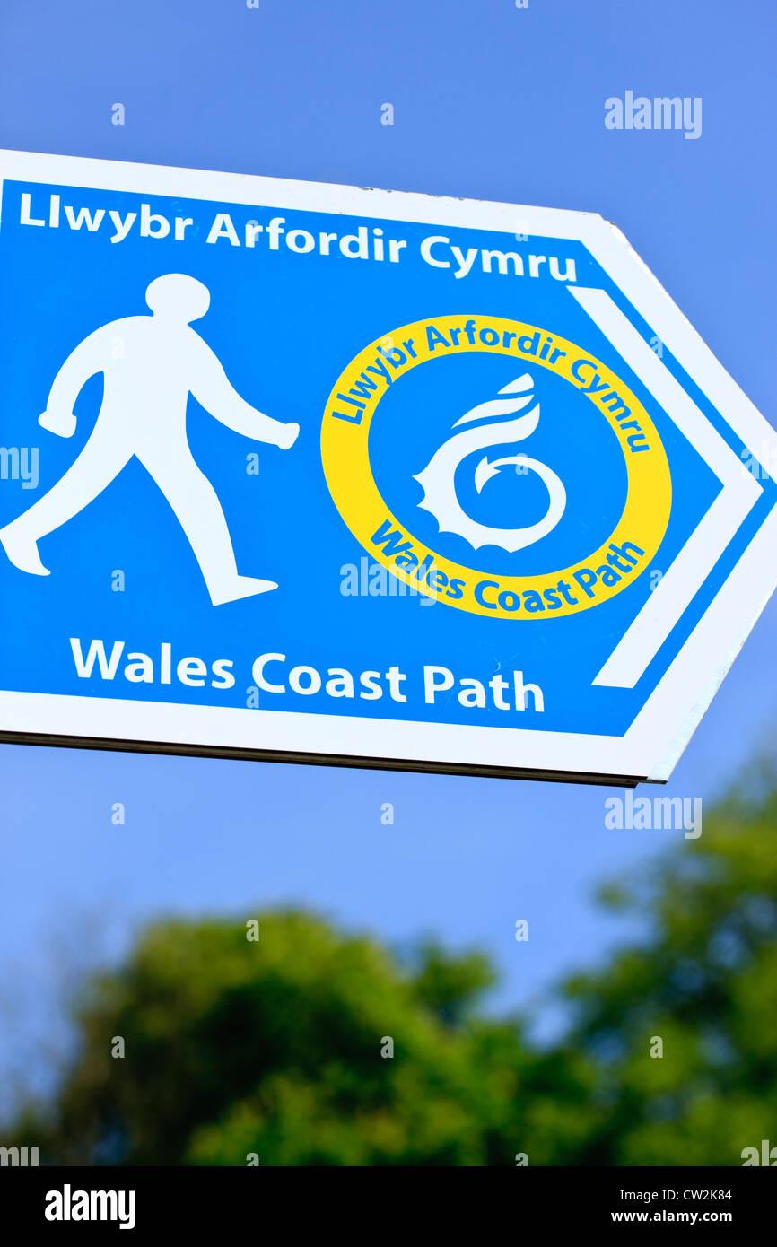 Llwybr Arfordir Cymru Wales Coast Path Sign - Stock Image