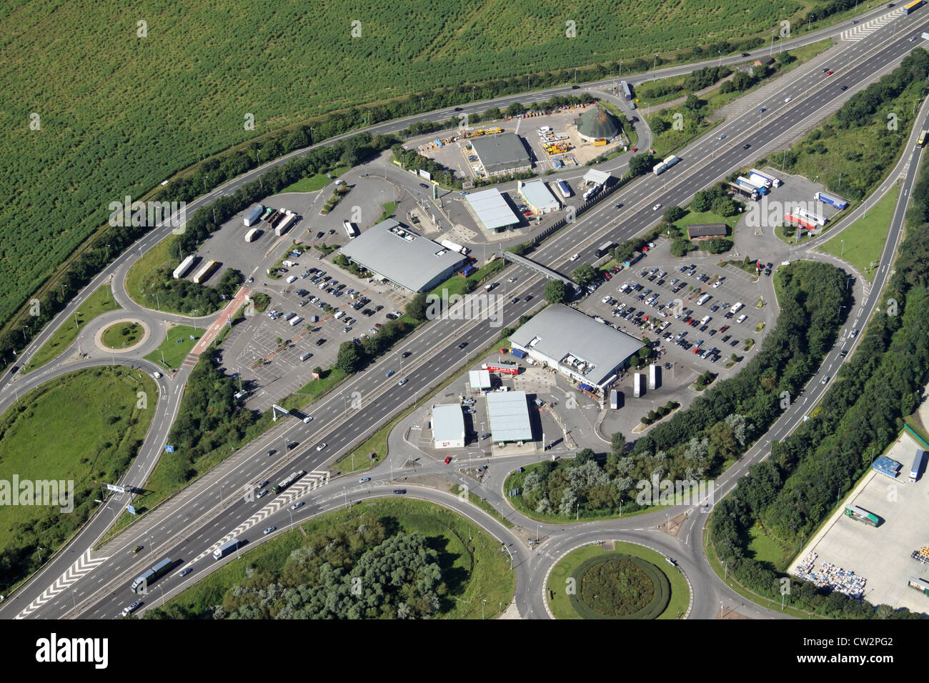 aerial view of J15a M1 / A43 Northampton Motorway Services - Stock Image