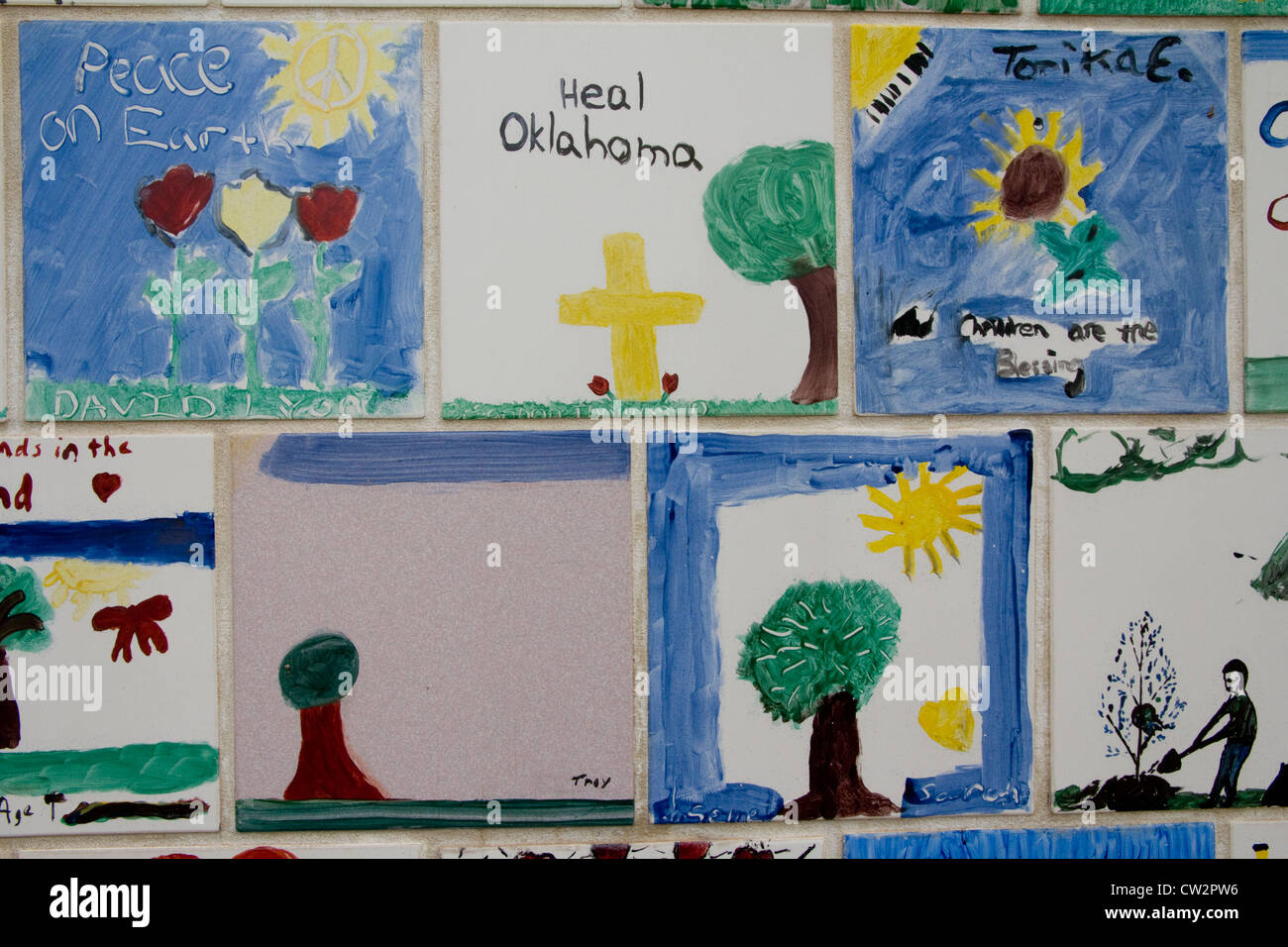 Wall of hand-painted tiles, Chidren's Area, Oklahoma National Memorial & Museum, in memory of tragic 1995 - Stock Image