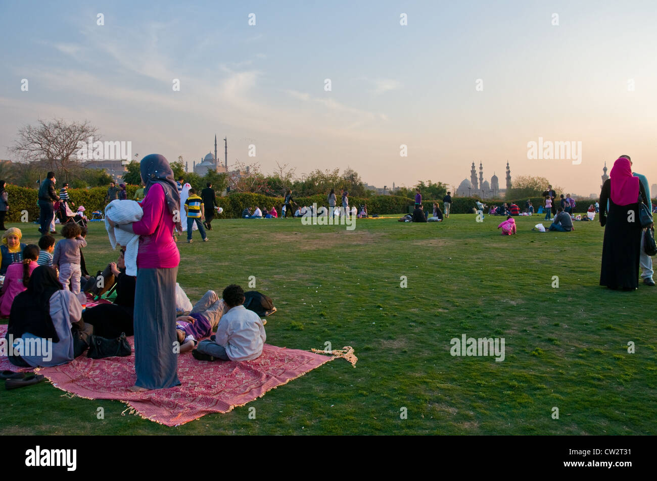 People picnicking Al Azhar Park Cairo - Stock Image