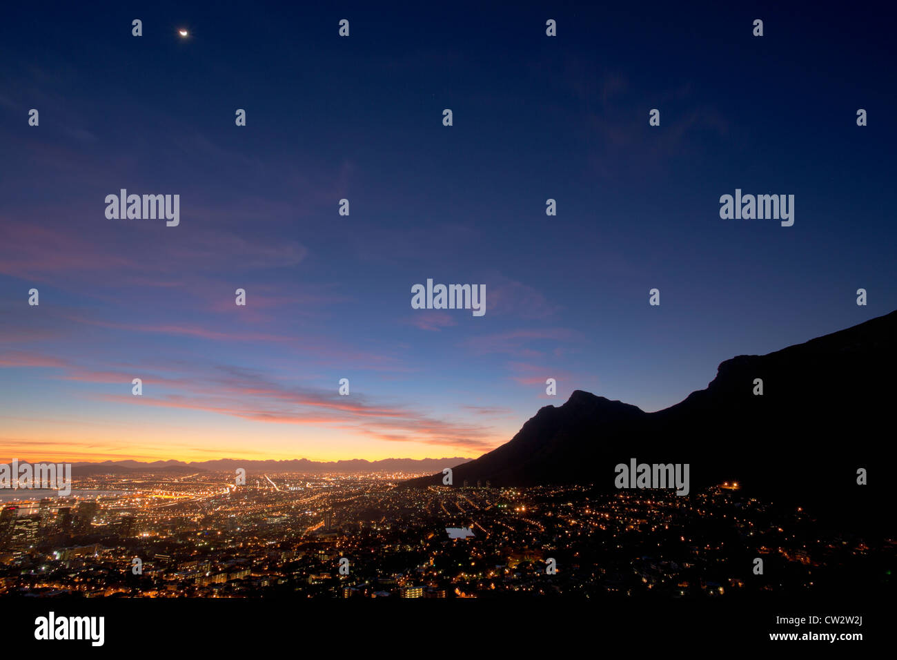 Cape Town city centre at sunrise with a view of Table Mountain. Cape Town,South Africa Stock Photo