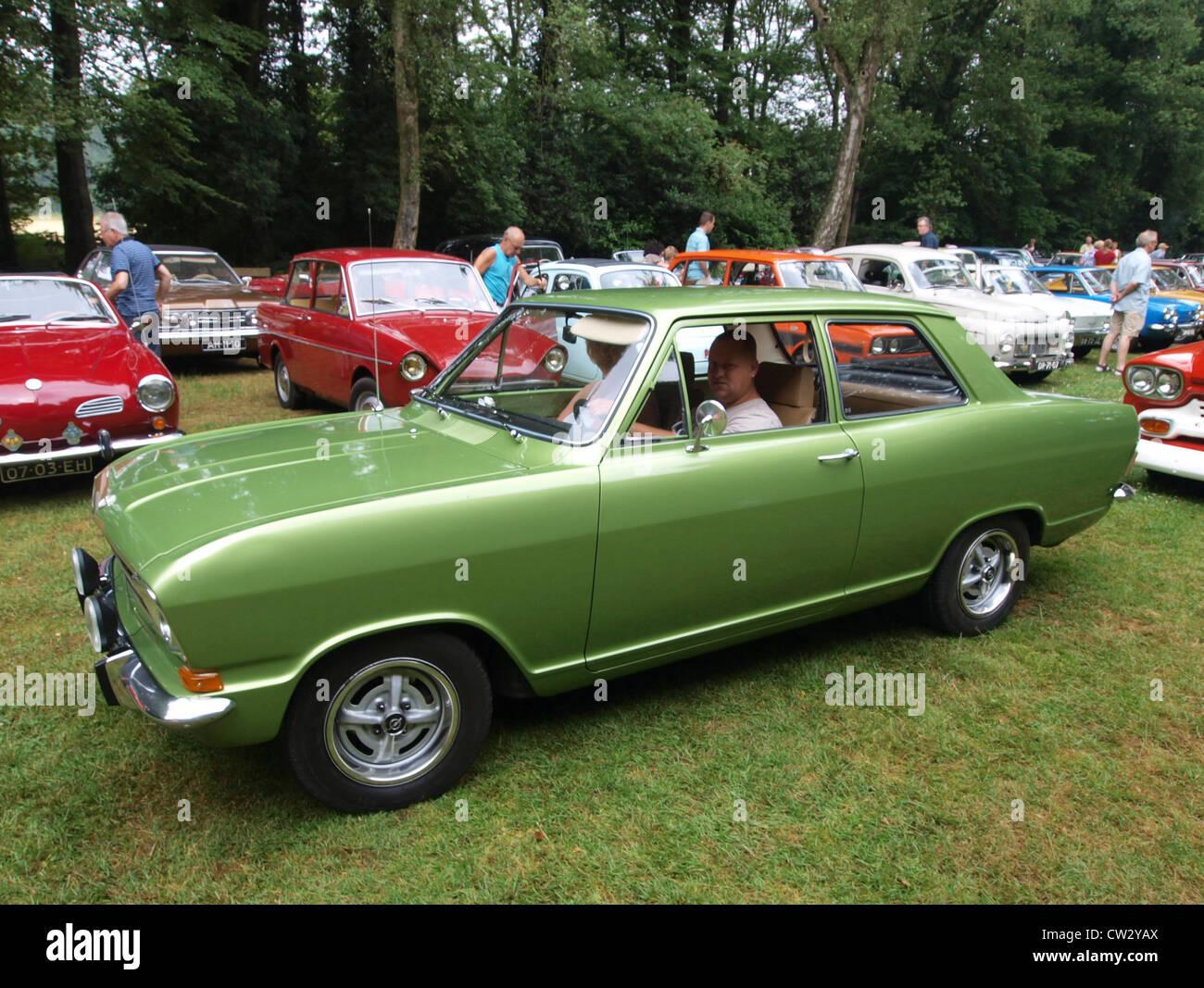 Opel Kadett - Alman ulusal otomobil
