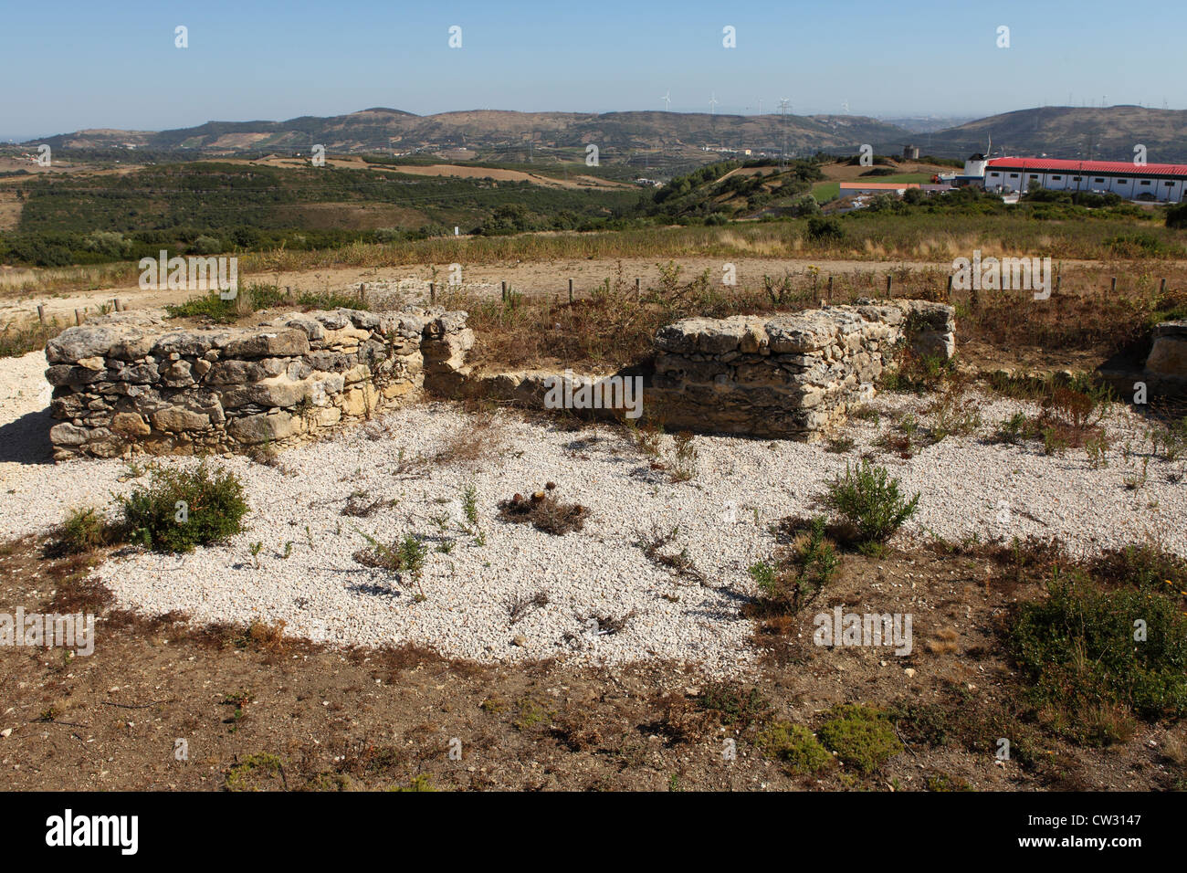 Ruins within Forte da Carvalha, fort number 10 of the 152 forts and earthworks of the Lines of Torres Vedras. - Stock Image