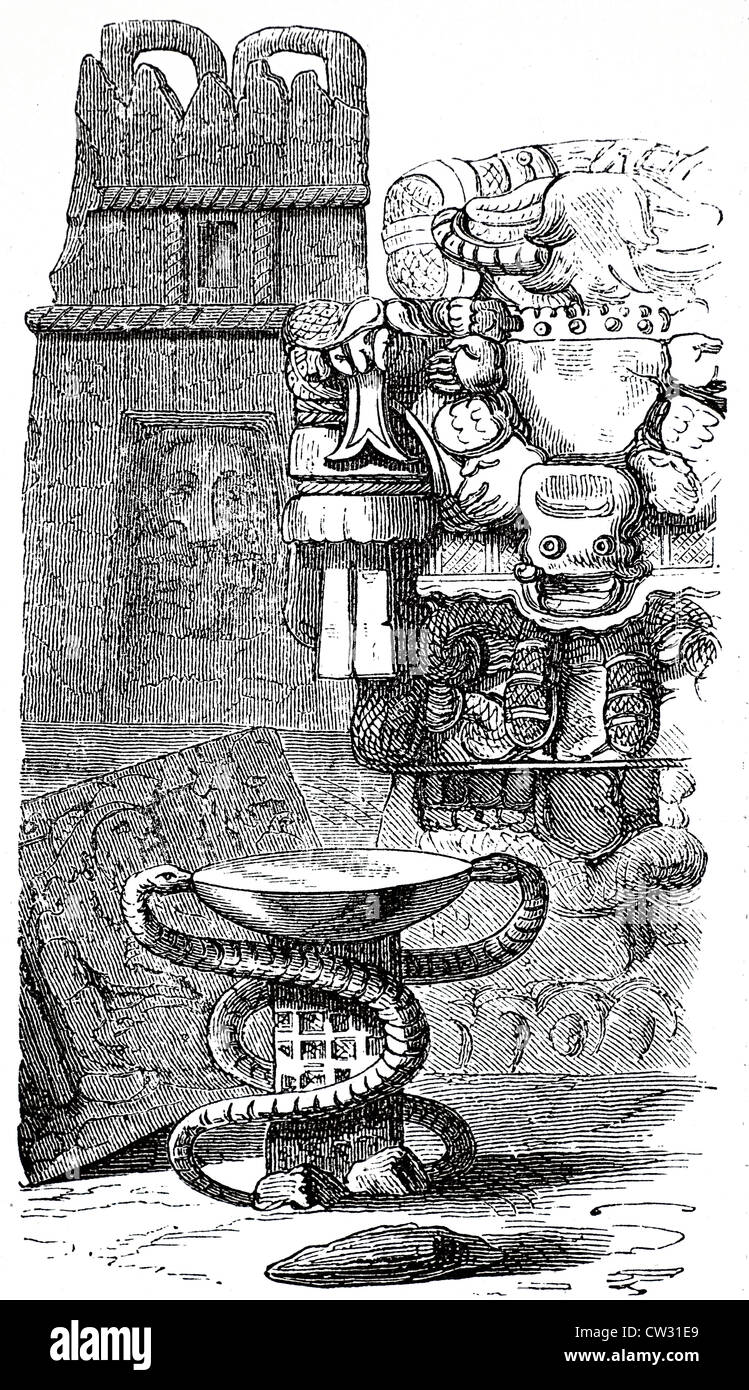 Snake idols and sacrificial basin - Stock Image