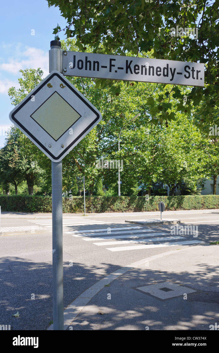 John-F.-Kennedy-Str. street sign 'Give Way' road yield sign - Heilbronn Germany Europe - Stock Image