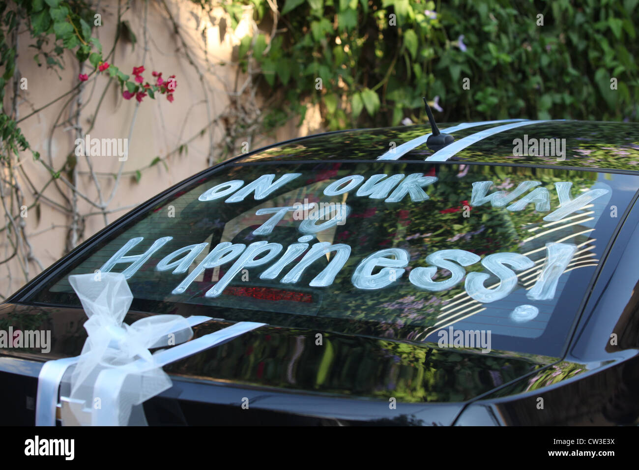 Just Married - On our way to Happiness - Stock Image