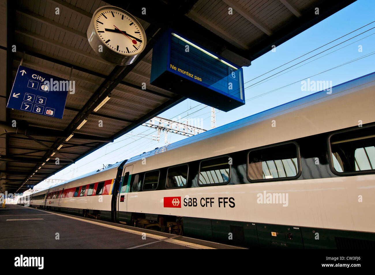Swiss intercity Tilting train at main railway station in Geneva, Switzerland - Stock Image