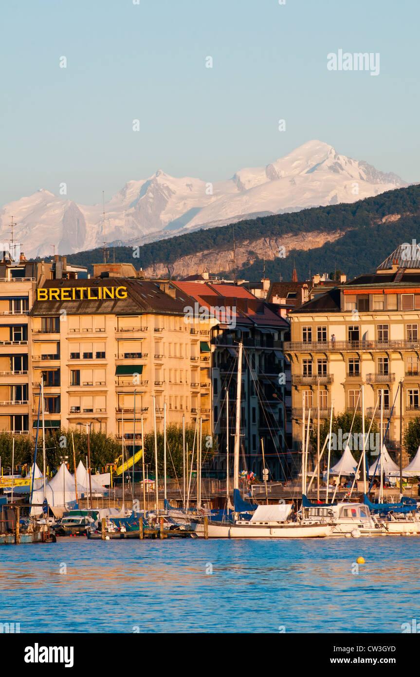 Sunset view over Lake Geneva with Mont Blanc massif in the background, Geneva, Switzerland - Stock Image