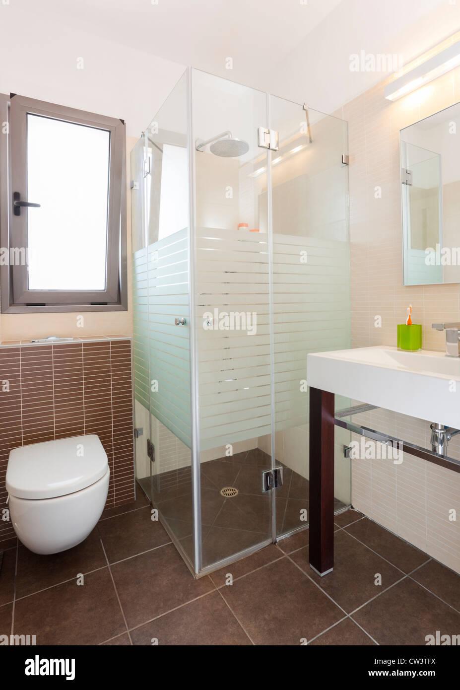 Modern luxury bathroom - Stock Image