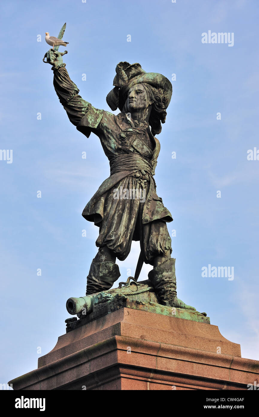 Statue of Jean Bart, naval commander and privateer at Dunkirk / Dunkerque, Nord-Pas-de-Calais, France - Stock Image