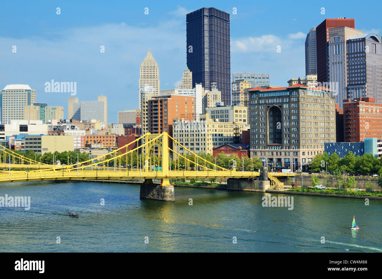 Roberto Clemente Bridge and skyscrapers in downtown Pittsburgh, Pennsylvania, USA. - Stock Image