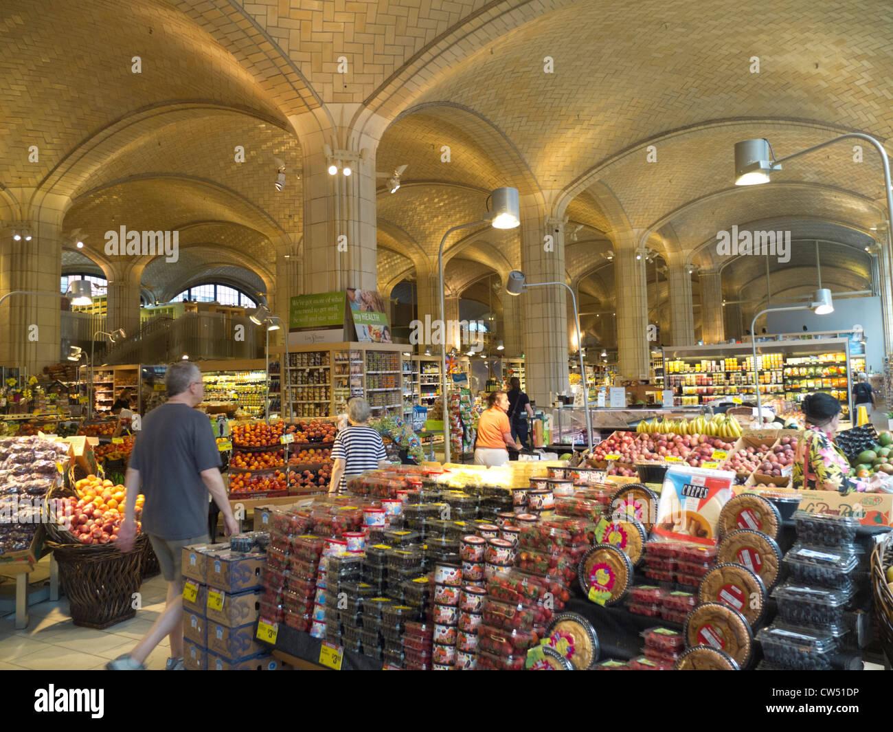 Food Emporium Bridge Market Nyc