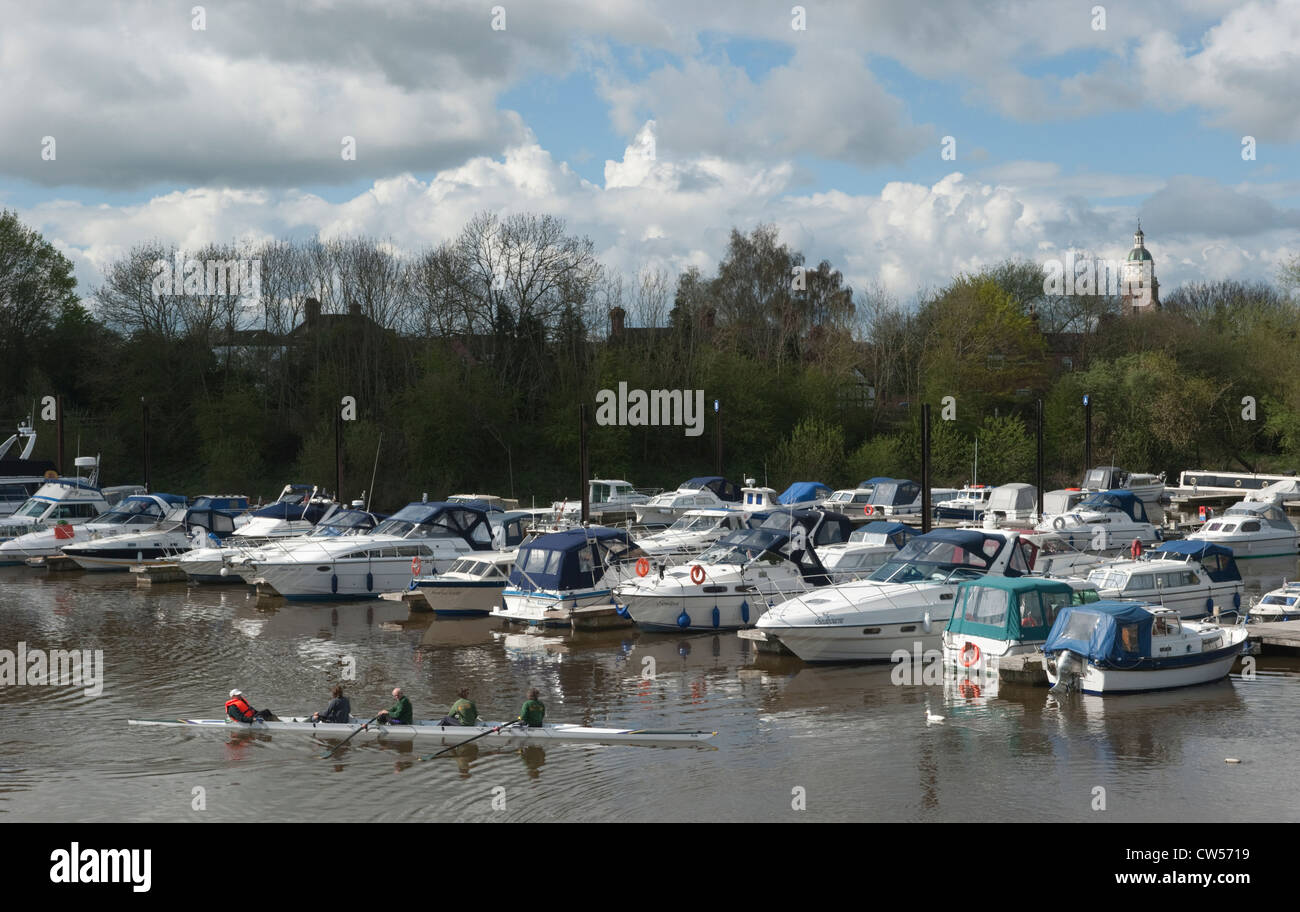 Rowing at the marina in Upton upon Severn - Stock Image