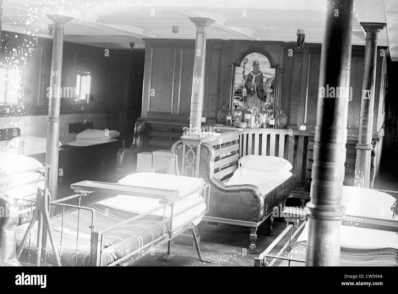 """Rouen, English hospital ship """"St-Patrick"""" , the dormitory Stock Photo"""
