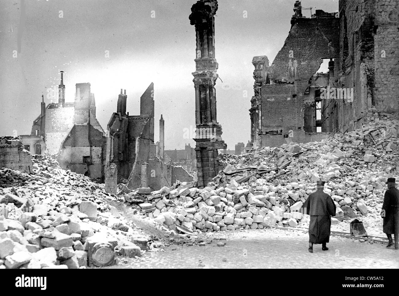 Arras after the bombing,  a badly hit neighborhood - Stock Image