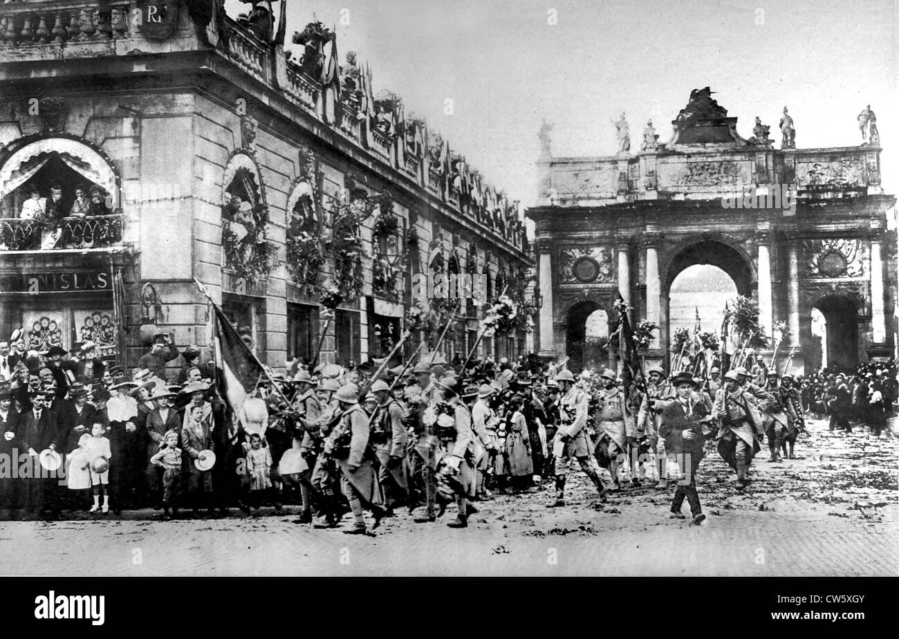 Troops of the glorious 20th Army Corps returning to Nancy (July 27, 1919) - Stock Image