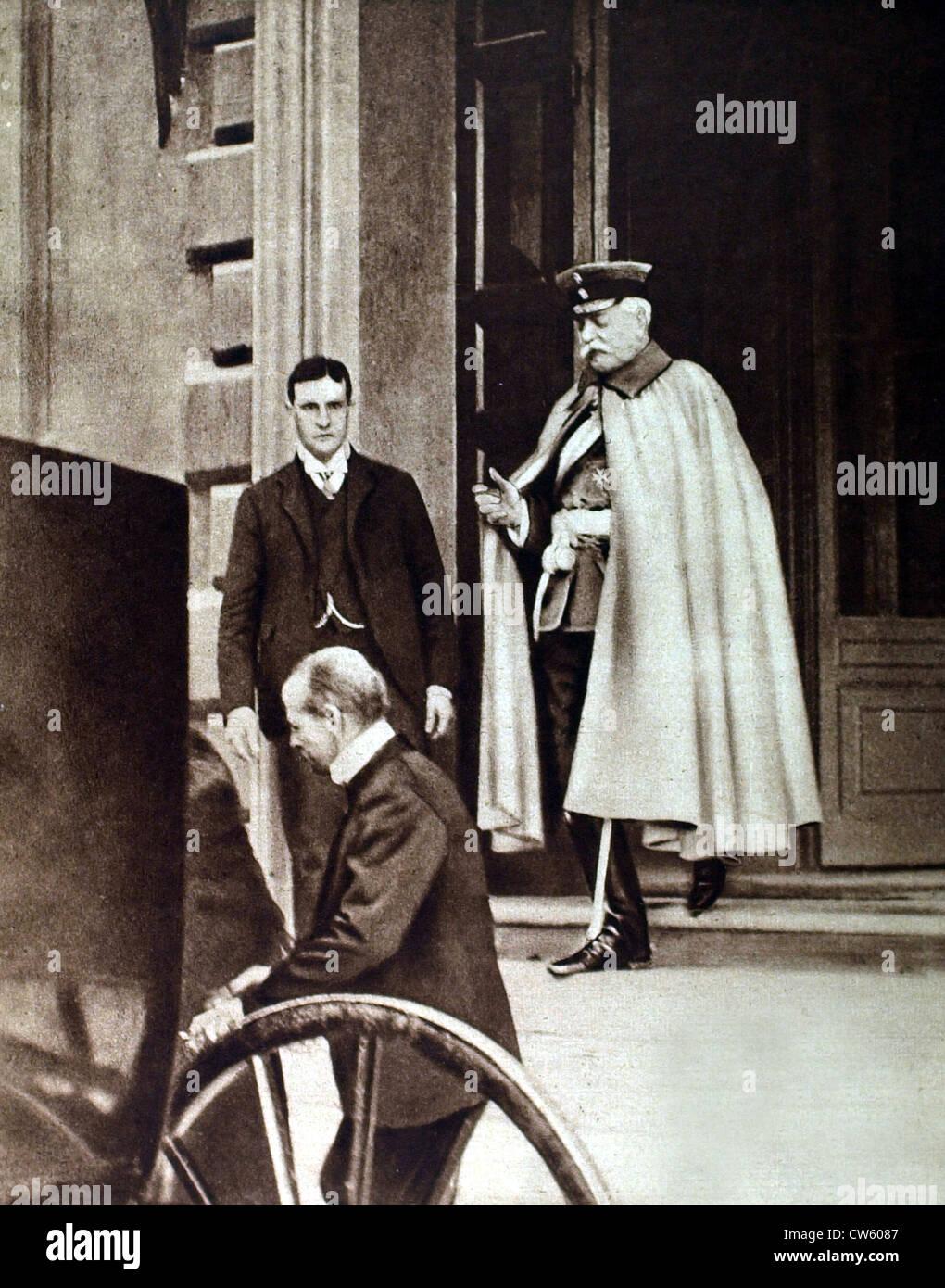 World War I. Prince von Bülow leaving the German embassy in Rome (1915) - Stock Image