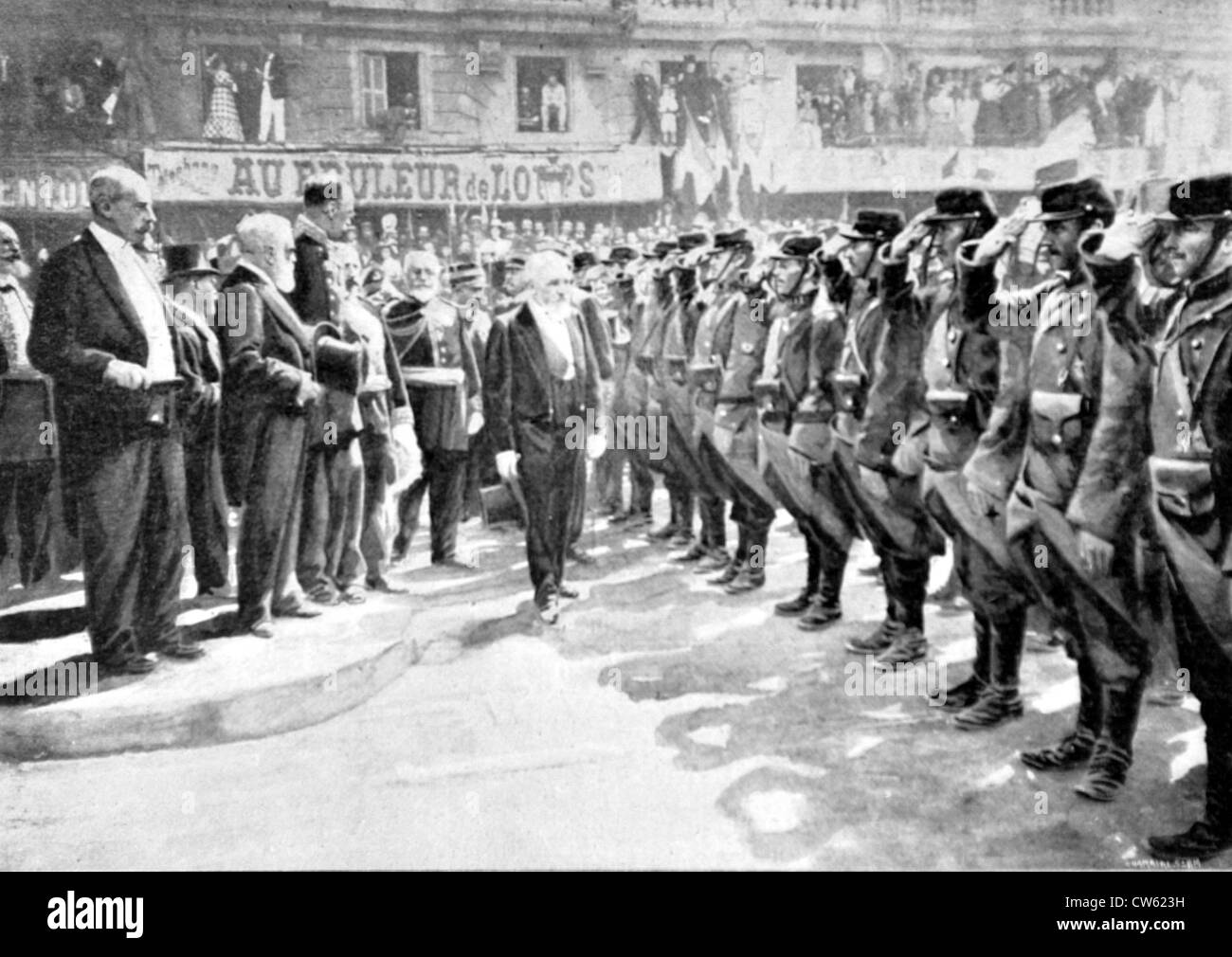 Boxer Rebellion. President Loubet inspecting troops of the Chinese Expeditionary Corps in Marseilles (1900) - Stock Image