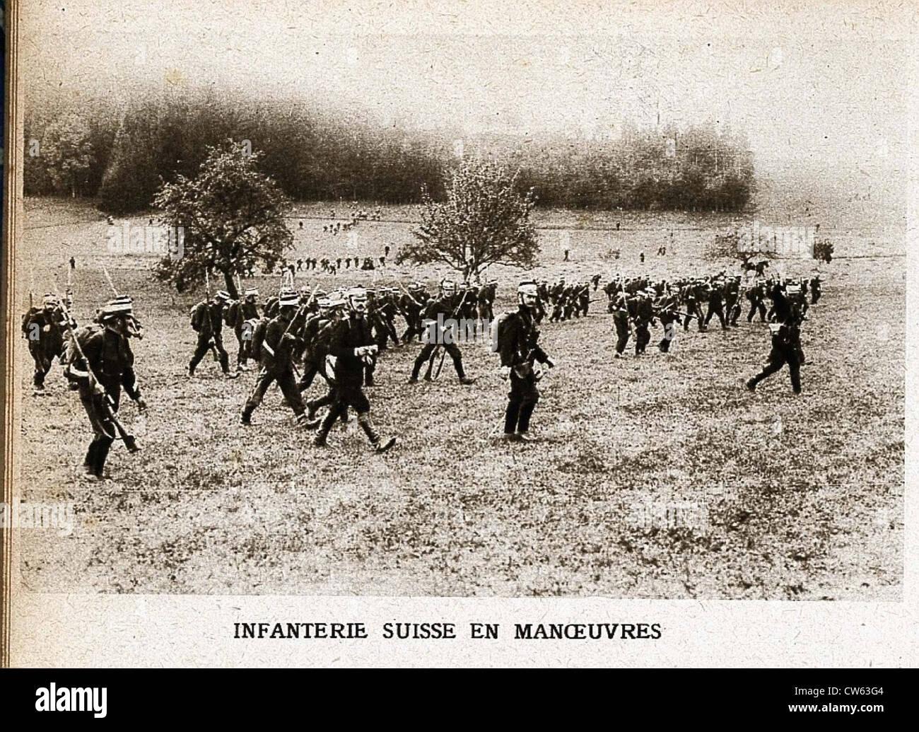 Infanterie suisse en manoeuvre lors de la première Guerre mondiale - Stock Image