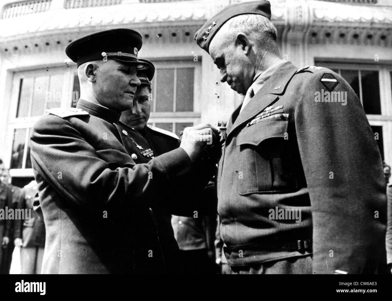 U.S General Bradley honored by Soviet Marshal Koniev (May 17, 1945) Stock Photo