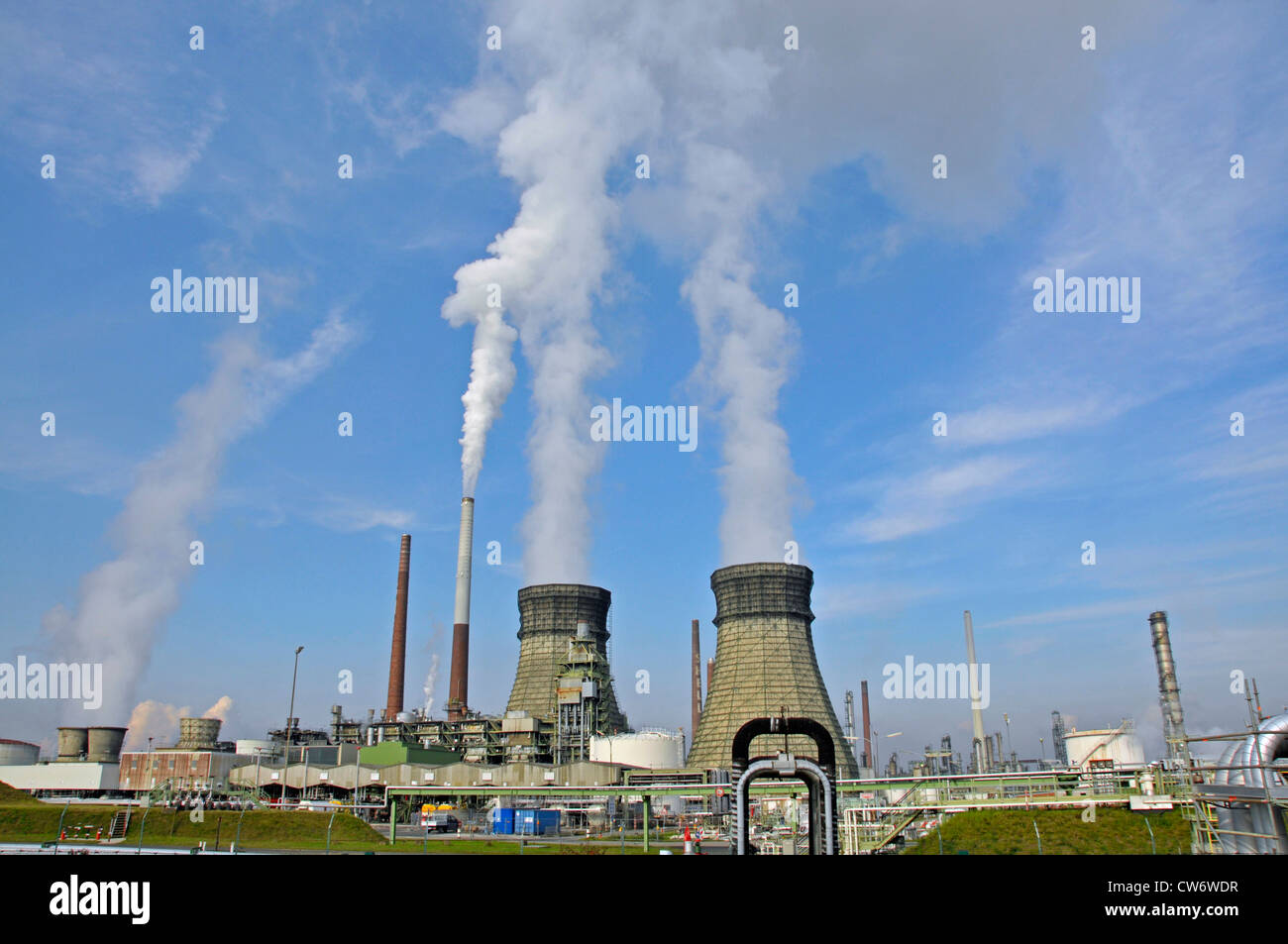 vent stack and blower of the petroleum refinery in Wesseling, Germany, North Rhine-Westphalia, Wesseling - Stock Image