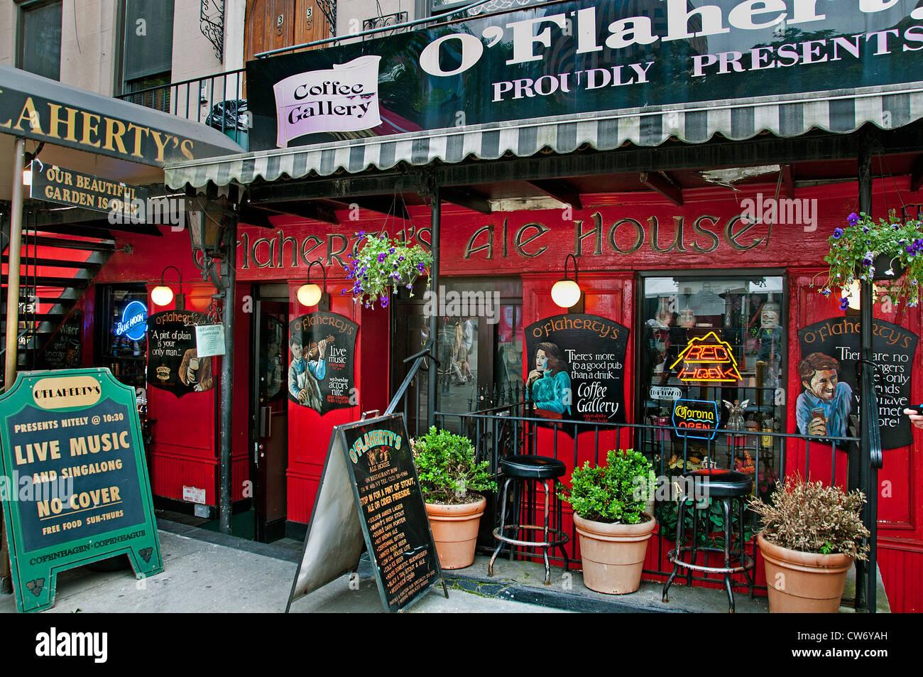 O'Flaherty's Ale House 334 West 46th St. On Restaurant Row New York City Manhattan - Stock Image