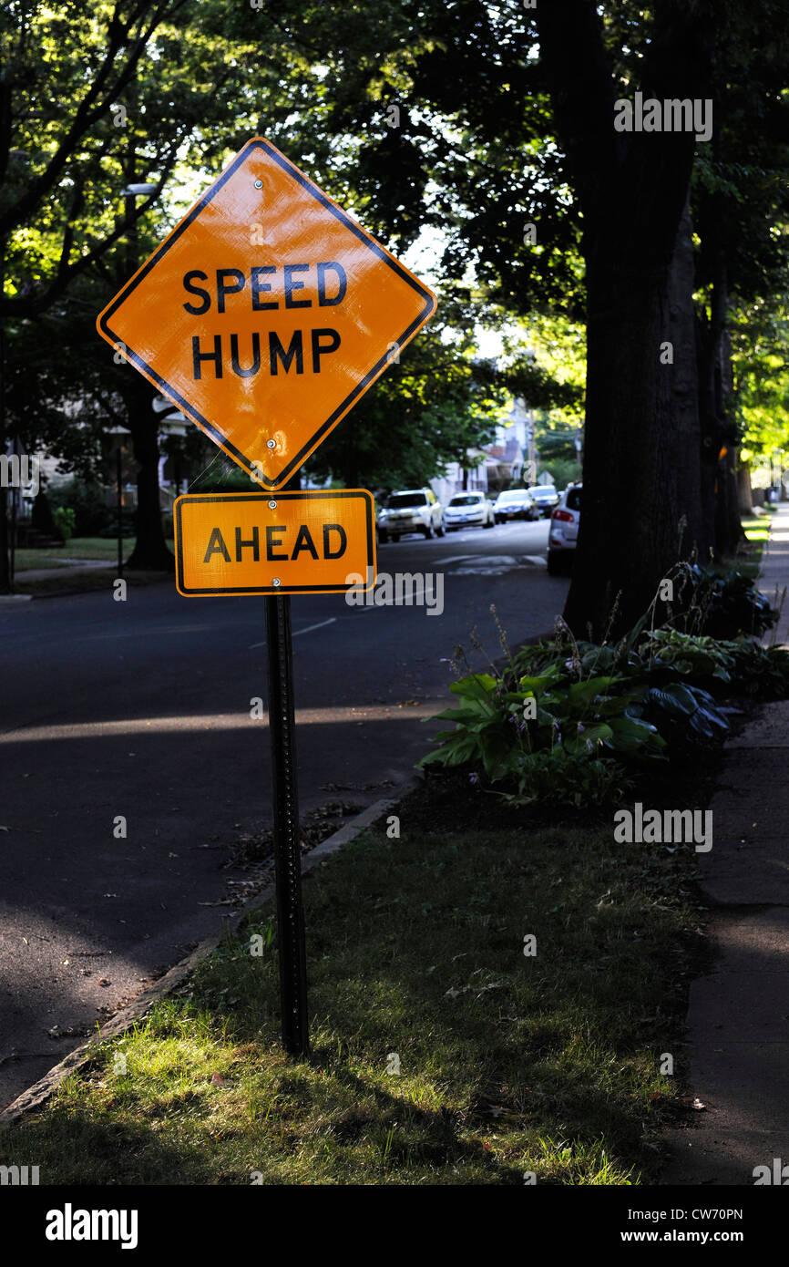 Speek hump sign. East Rock neighborhood. New Haven, CT. - Stock Image