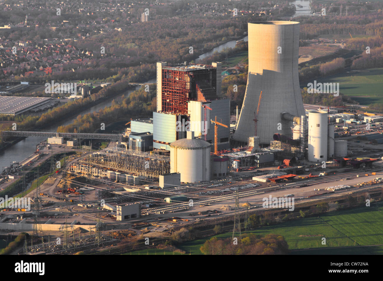 construction of a new coal-fired power plant in Datteln at Dortmund Ems channel and city of Datteln on the left, - Stock Image