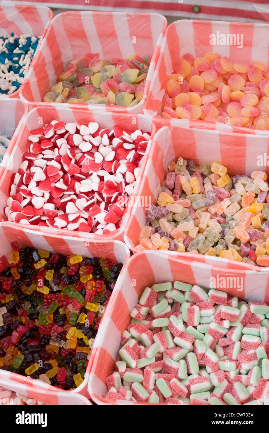 pic and mix pick'n'mix sweet sweets lose small penny woolworths sugar sugary food old fashioned wine gums - Stock Image