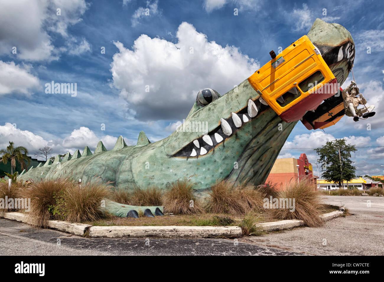 The large model Gator outside of Kissimmee's Gator Motel - Stock Image