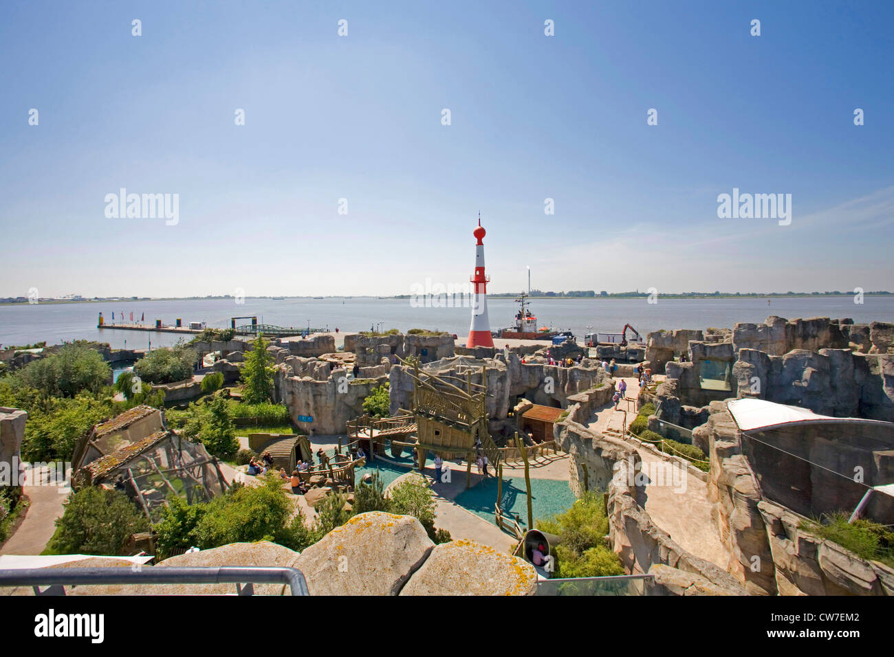 the 'Zoo at the sea' at the mouth of the Weser with the lighthouse 'Bremerhaven Unterfeuer', Germany, Freie Hansestadt Stock Photo