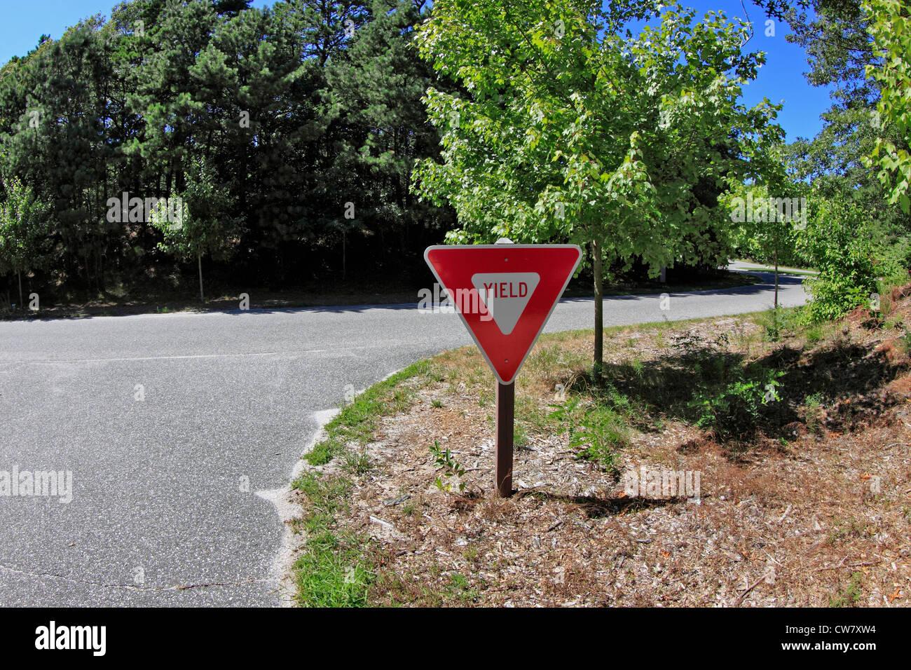 Yield sign Long Island NY - Stock Image