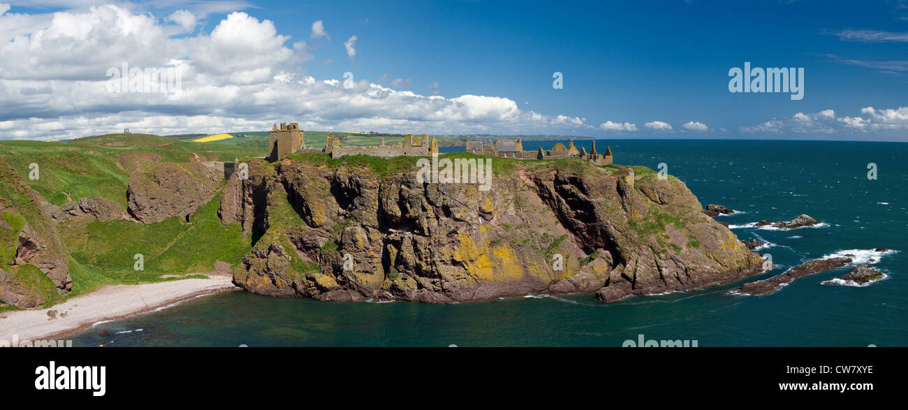 Panorama of Dunnotar Castle, Stonehaven, Scotland - Stock Image